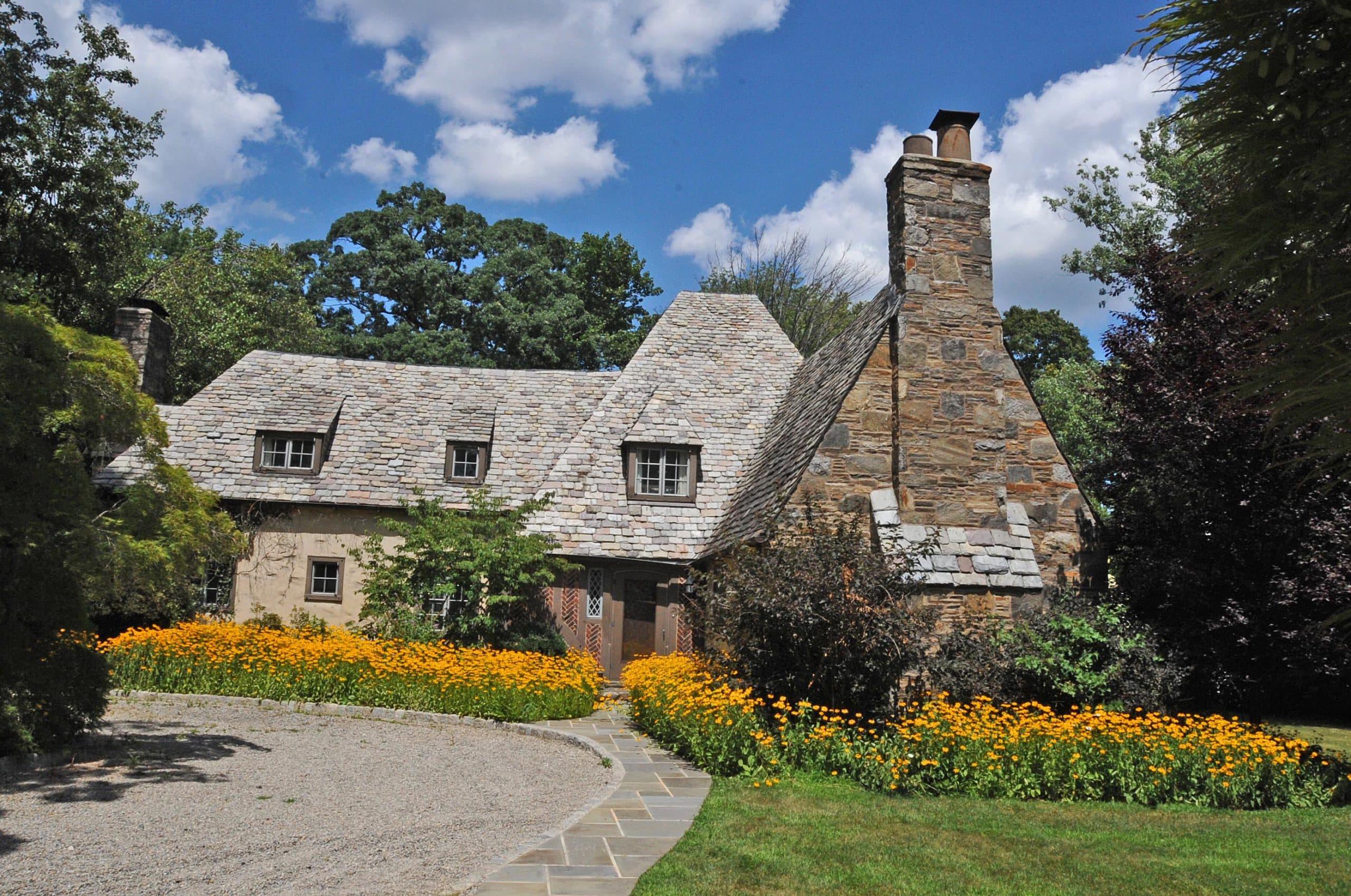 HOUSE AT 67 WARREN PLACE, MONTCLAIR ESSEX COUNTY NJ